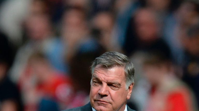 Crystal Palace's English manager Sam Allardyce leaves the pitch at the end of the English Premier League football match between Manchester United and Cyrst