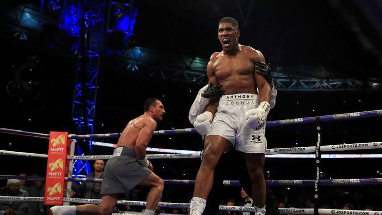 Anthony Joshua puts Wladimir Klitschko (Grey Shorts) down in the 5th round