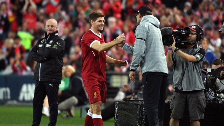 Gerrard shakes hands with Klopp