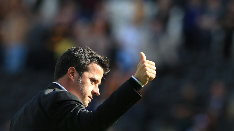 Hull City's Portuguese head coach Marco Silva applauds the fans following the English Premier League football match between Hull City and Tottenham Hotspur