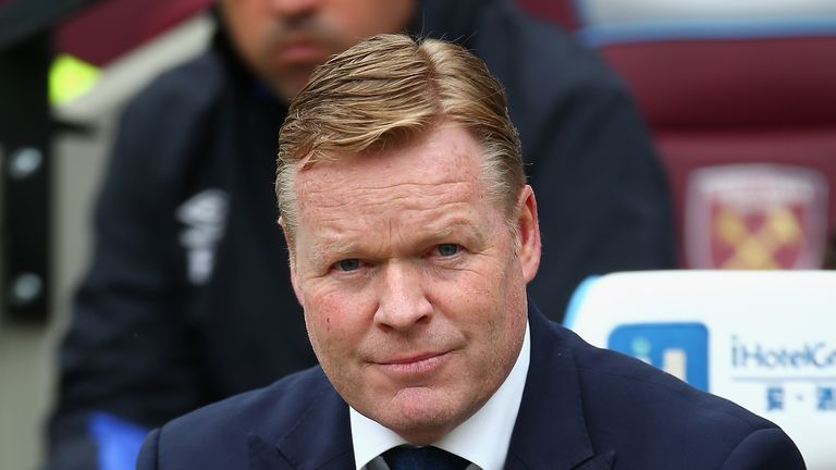 Ronald Koeman, manager of Everton, looks on during the Premier League match at West Ham United