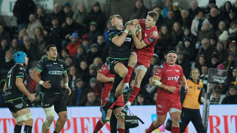 The Scarlets and Ospreys are competing for a third-place finish in the PRO12