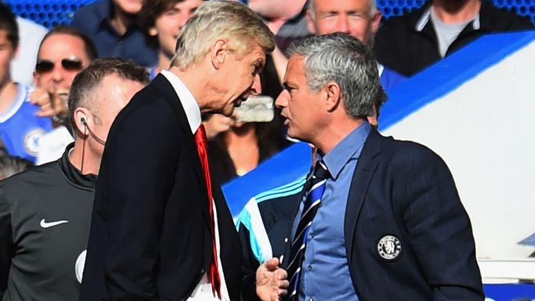 Mourinho y Wenger se enfrentaron en la línea de banda en la temporada 2016-17