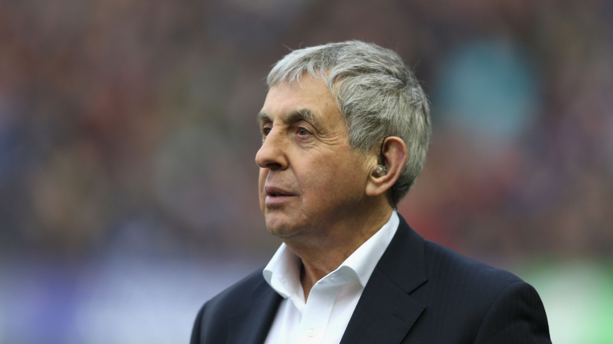 Sir Ian McGeechan out of hospital after collapsing in Wellington ahead of  Lions second Test | Rugby Union News | Sky Sports