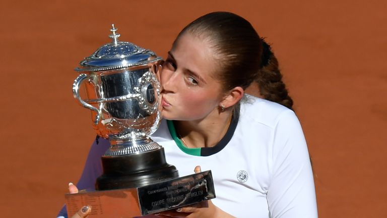 Jelena Ostapenko become the first player to win their maiden Tour title at a Grand Slam since 1997