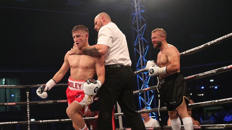 Bradley Saunders ended a lengthy absence with a first round win