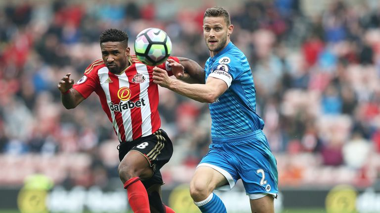 Jermain Defoe's Sunderland deal included a clause that allowed him to leave for free after they were relegated