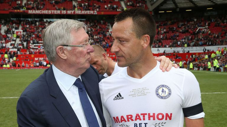 Sir Alex Ferguson speaks to John Terry