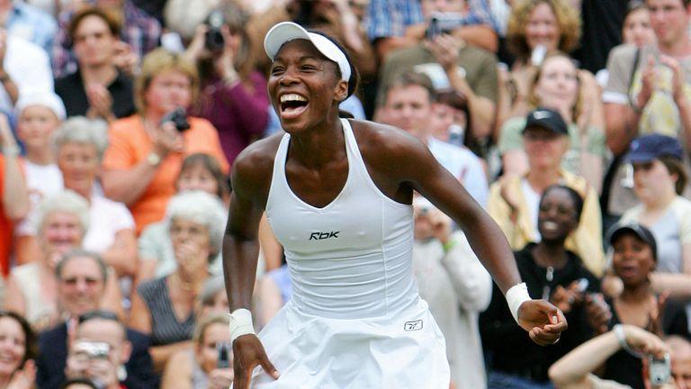 Venus edged Lindsay Davenport in a dramatic Wimbledon final
