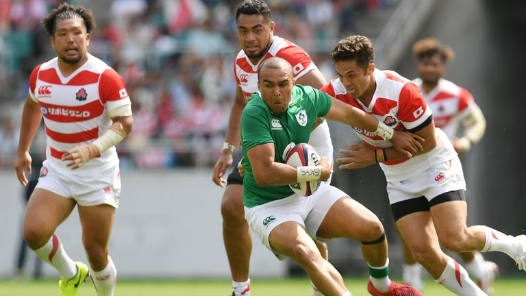 Simon Zebo powers through the Japanese pack on Saturday