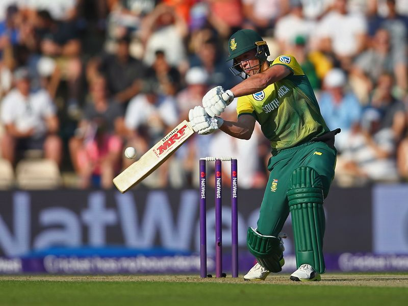 AB de Villiers had struck a fifty for the tourists but they made just 142 for three from their 20 overs