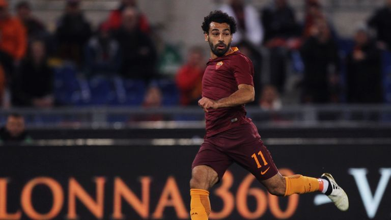 ROME, ITALY - NOVEMBER 06:  Mohamed Salah of AS Roma in action during the Serie A match between AS Roma and Bologna FC at Stadio Olimpico on November 6, 20