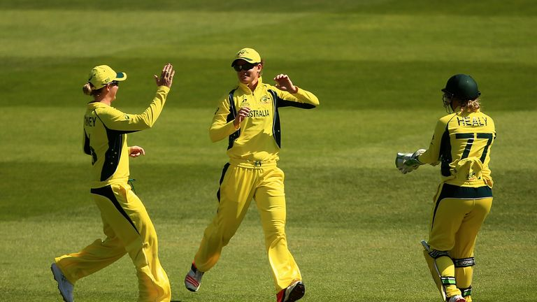 Australia have decided to give their players an eight-fold increase in wages.