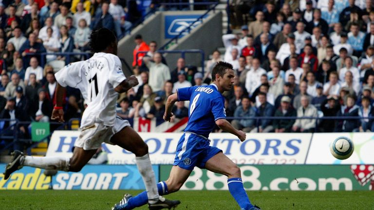 BOLTON, ENGLAND - APRIL 30:  Frank Lampard of Chelsea scores the second goal during the Barclays Premiership match between Bolton Wanderers and Chelsea at