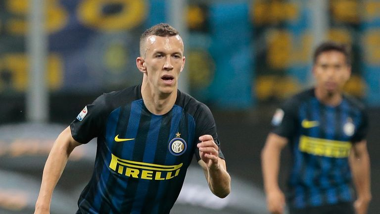 Ivan Perisic in action during the Serie A match between Inter Milan and Napoli