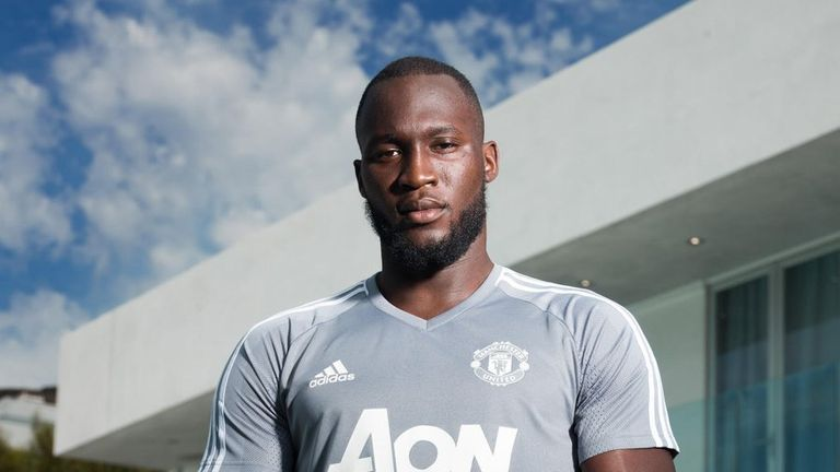 Lukaku has signed a five-year contract with United. Photo: Twitter/@ManUtd