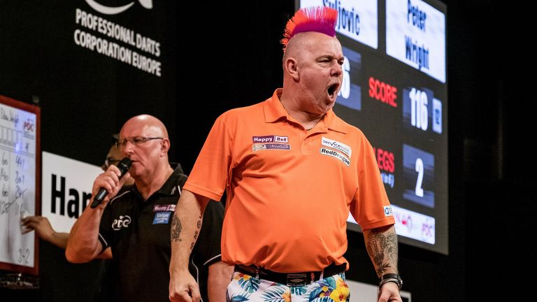 Peter Wright proved too strong for Mervyn King in Leverkusen (PDC Europe)