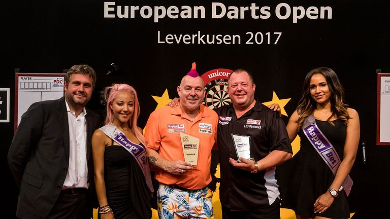 Peter Wright defeated Mervyn King, who last won in Germany three years ago (PDC Europe)