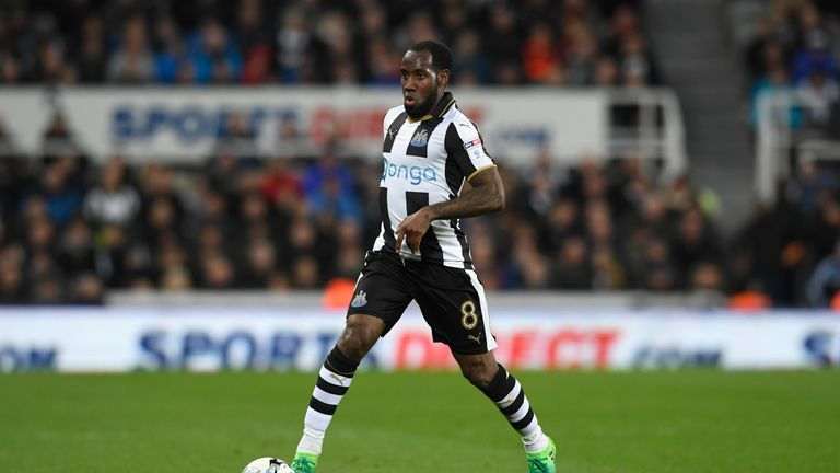 Former Newcastle player Vurnon Anita has joined Leeds