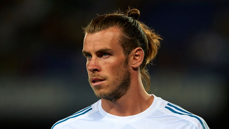 Gareth Bale of Real Madrid looks on during a warm up prior to the Supercopa de Espana Supercopa Final 1st Leg match