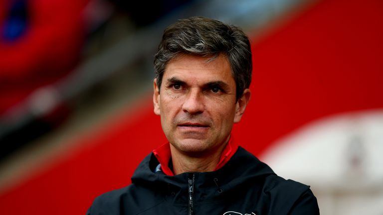 Mauricio Pellegrino, manager of Southampton looks on during the friendly match between Southampton and FC Augsburg