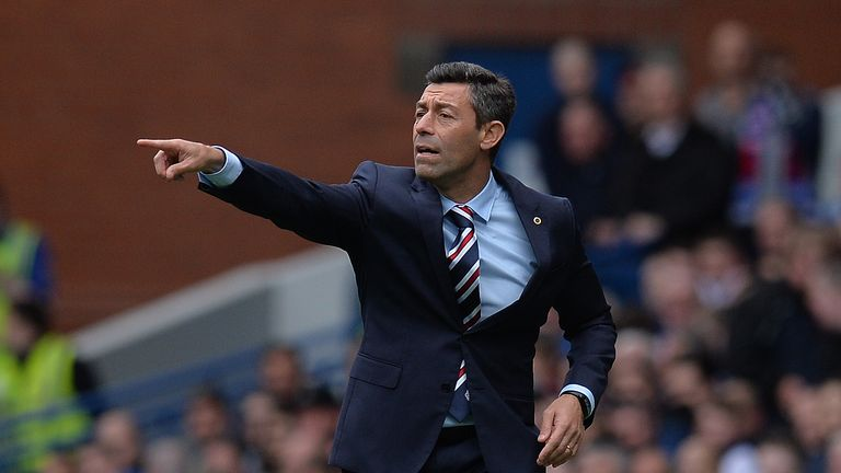 GLASGOW, SCOTLAND - AUGUST 12: Rangers manager Pedro Caixinha gestures during the Ladbrokes Scottish Premiership match between Rangers and Hibernian at Ibr