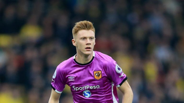 Sam Clucas has completed his move from Hull to Swansea