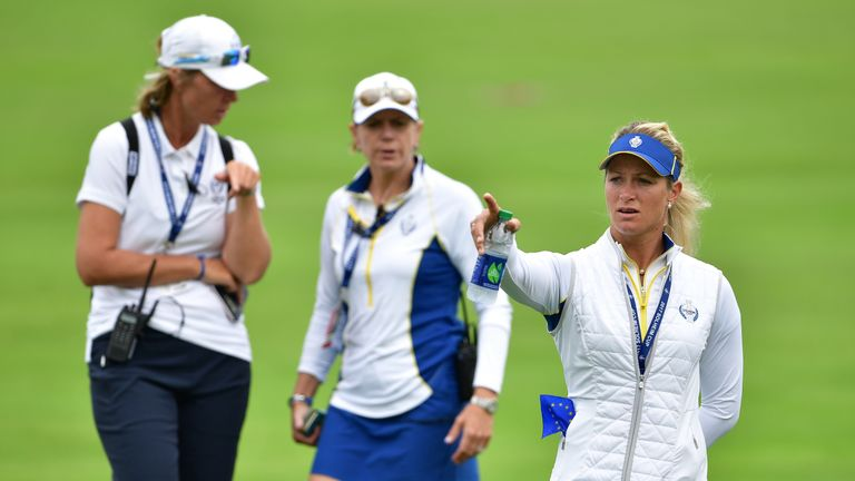 Suzann Pettersen has now swapped places with Catriona Matthew