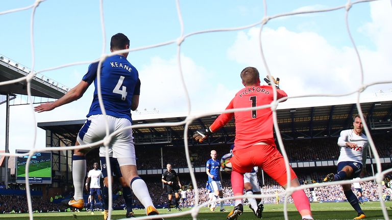 Ronald Koeman was unhappy with the way Everton gave their goals away against Tottenham