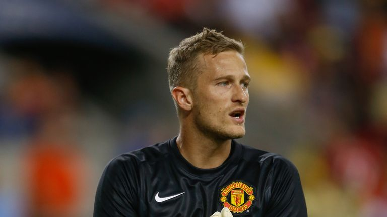 Anders Lindegaard is training with Burnley, says Sean Dyche