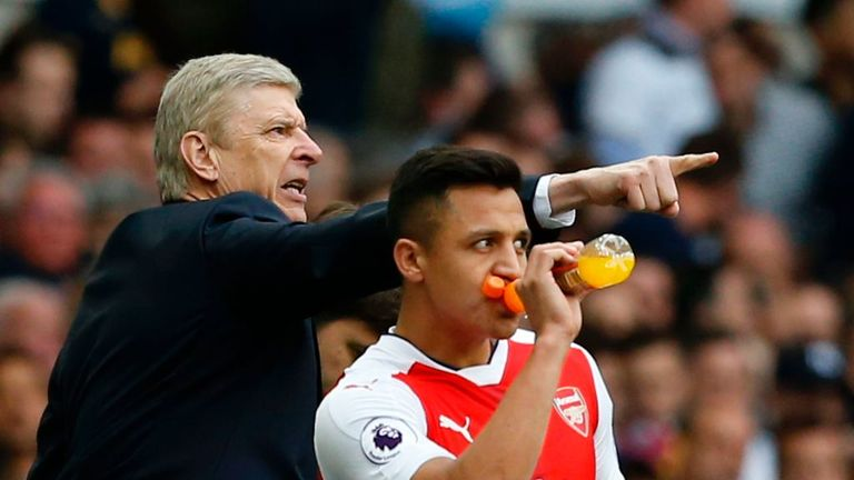 Arsene Wenger says the situation with Alexis Sanchez is far from unique