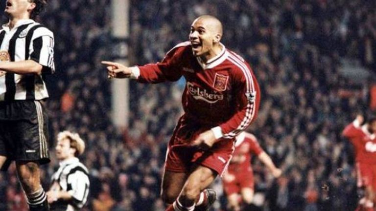 """Collymore closing in...."" one of the most iconic moments in Premier League history"