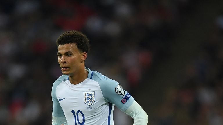 Dele Alli must learn from David Beckham's mistake, says Darren Anderton