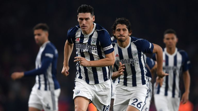 Gareth Barry broke the all-time Premier League appearance record at the Emirates