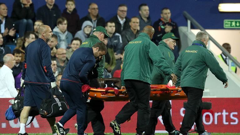 Ojo needed to be carried off on a stretcher