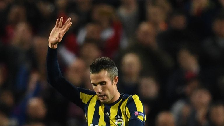 MANCHESTER, ENGLAND - OCTOBER 20:  Robin van Persie of Fenerbahce acknowledges the crowd after scoring a goal during the UEFA Europa League Group A match b