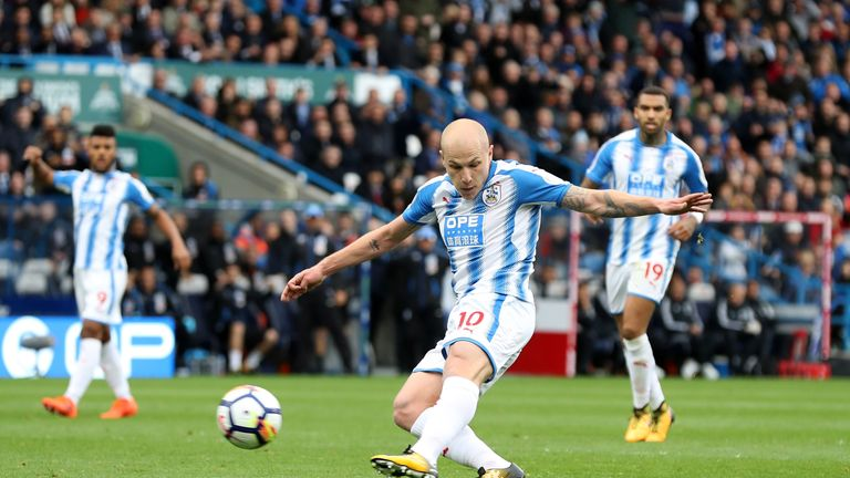 Aaron Mooy scored for Huddersfield in the league game against United