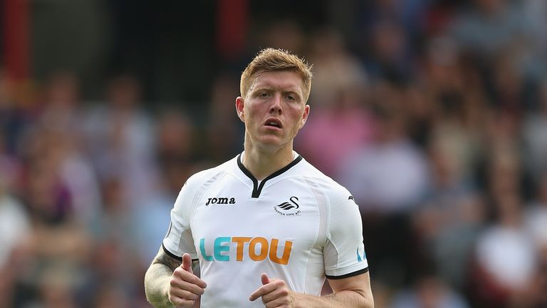 Alfie Mawson of Swansea City in action against Crystal Palace