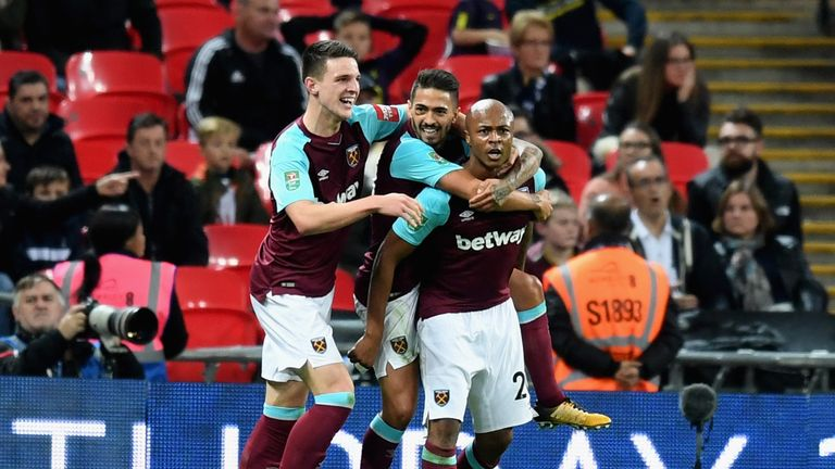 LONDON, ENGLAND - OCTOBER 25:  Andre Ayew of West Ham United celebrates scoring his side's second goal with team mates during the Carabao Cup Fourth Round