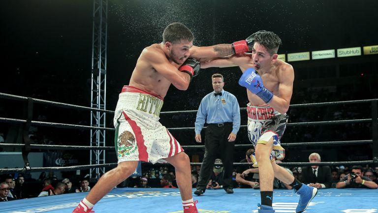 Avalos struggled to hold off Santa Cruz