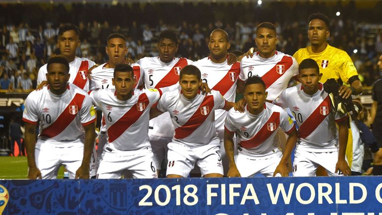 Peru players pose for a photo ahead of their 0-0 draw with Argentina in Buenos Aires