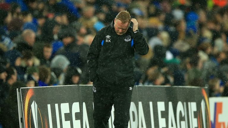Everton's poor run of form continued with a 2-1 defeat at home to Lyon
