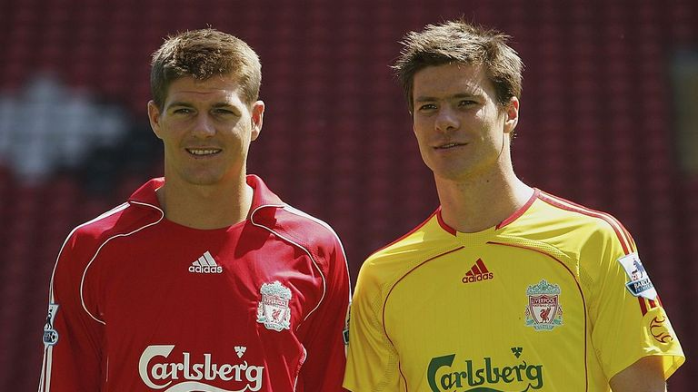 Xabi Alonso has backed Steven Gerrard to become Liverpool manager.