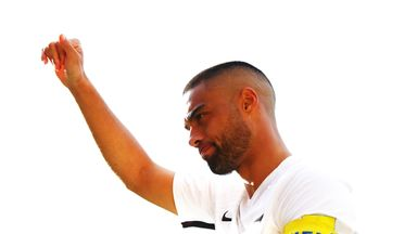 New Zealand captain Winston Reid thanks the crowd at Wellington after his side's goalless draw with Peru