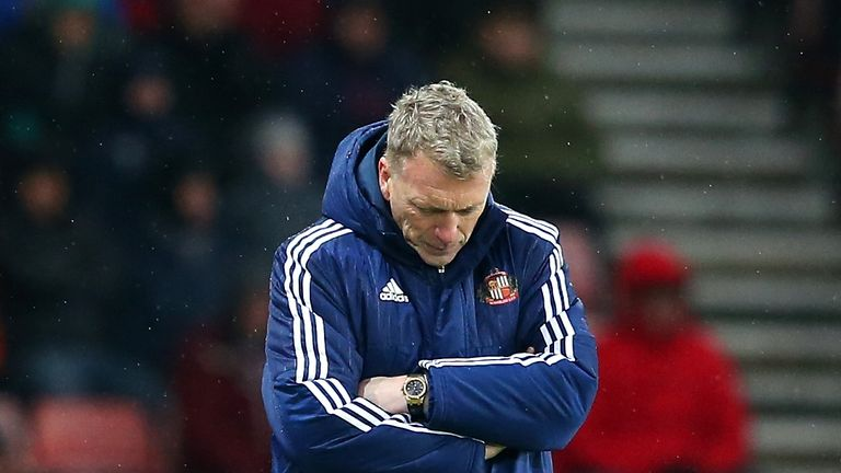 David Moyes cuts a dejected figure during the Premier League match between Sunderland and Southampton