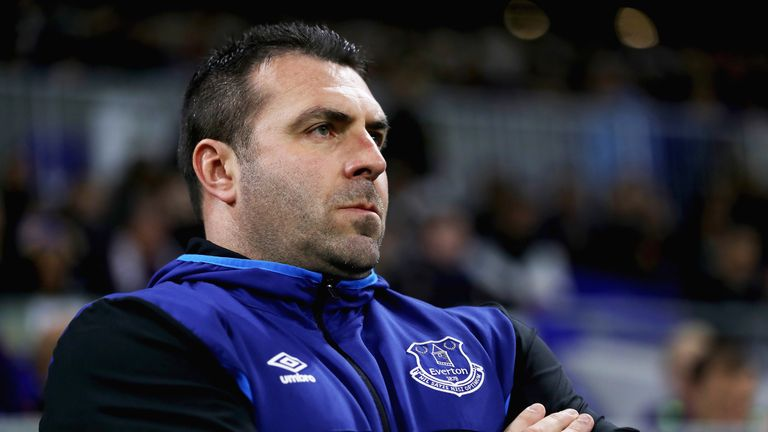 David Unsworth prior to the UEFA Europa League group E match between Olympique Lyon and Everton