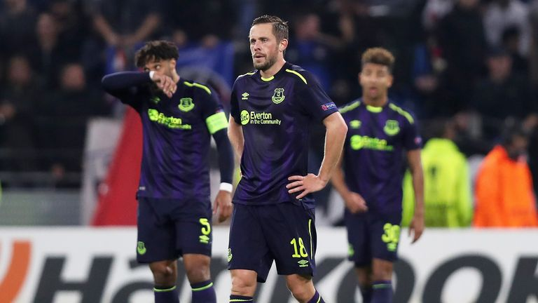 Everton players look dejected after the 3-0 loss to Olympique Lyon in the Europa League