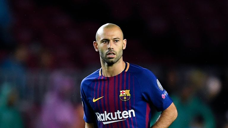 BARCELONA, SPAIN - OCTOBER 18: Javier Mascherano of FC Barcelona runs with the ball during the UEFA Champions League group D match between FC Barcelona and