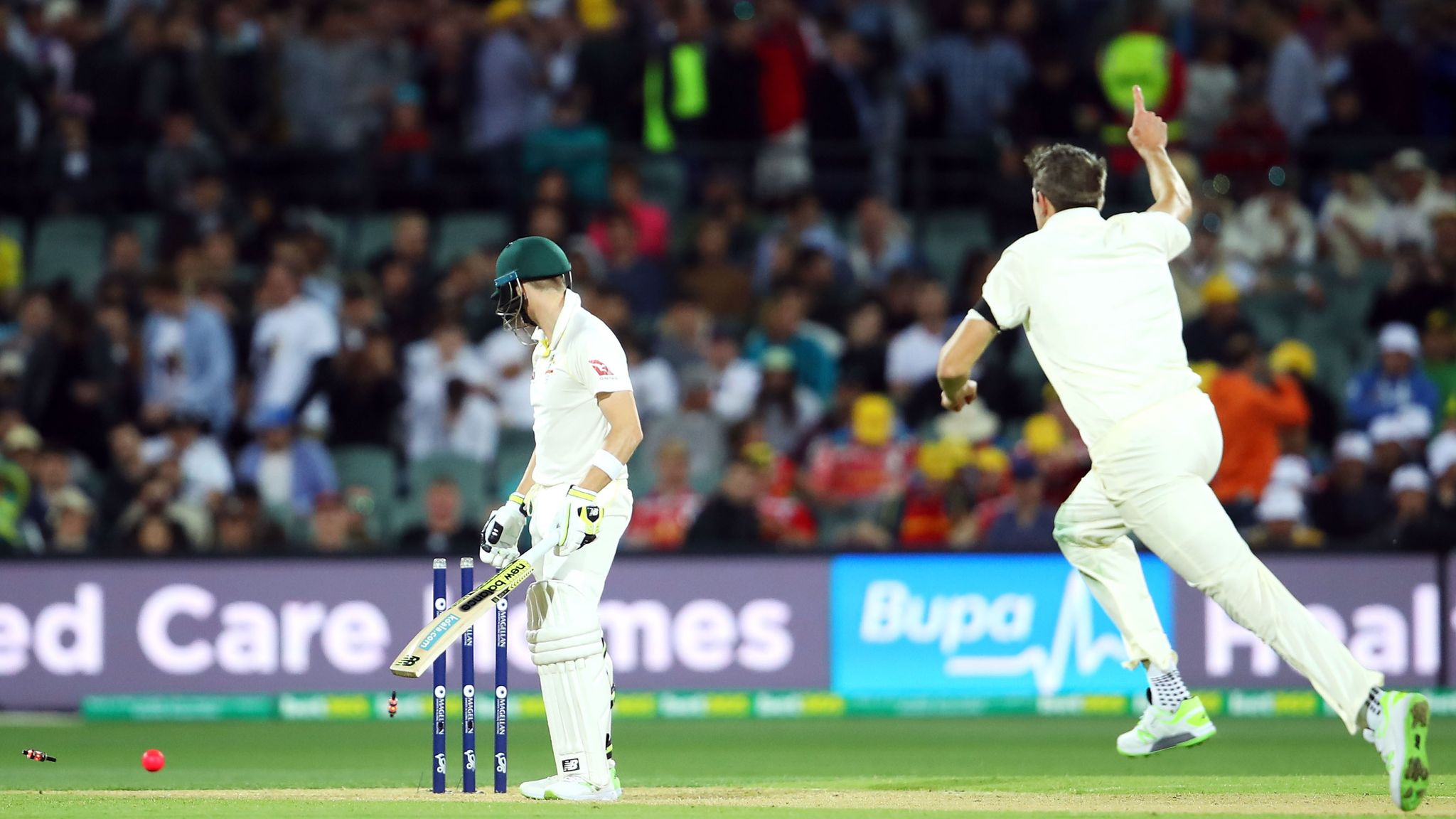 Craig Overton delighted by maiden Test wicket after Steve Smith's 'slow' jibe   Cricket News   Sky Sports
