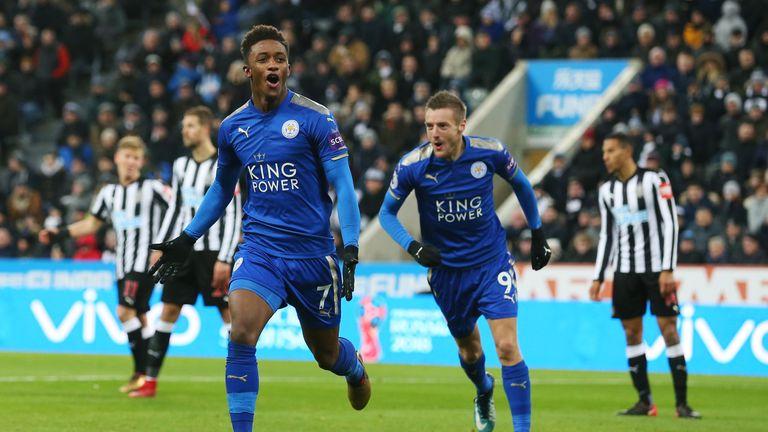 Demarai Gray celebrates scoring Leicester's second goal